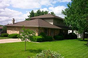 Roofing contractors Cedar Rapids Dubuque IA