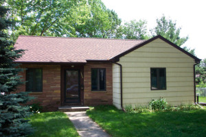 Roofing Contractor Des Moines IA