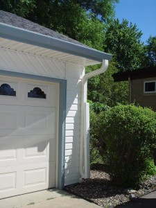 Seamless Gutters Des Moines IA